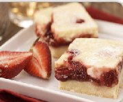Strawberry cheezecake squares