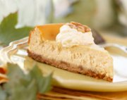 Maple cheescake with toasted walnut crust