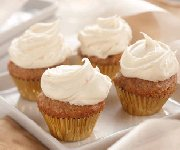 Mini cupcakes aux carottes avec glaçage au fromage à la crème