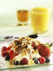 Muesli with Berries and Maple Syrup