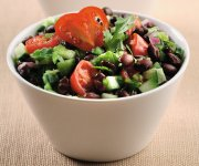 Salade salsa au concombre et haricots noirs
