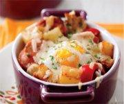 Trio oeufs, saucisses et pommes de terre